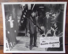 Gentle Gunman, Original Movie Still, Robert Beatty, Elizabeth Sellars, '52 z039